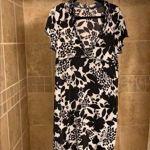 BCBGMaxazria NWOT black and gray deep V neck dress